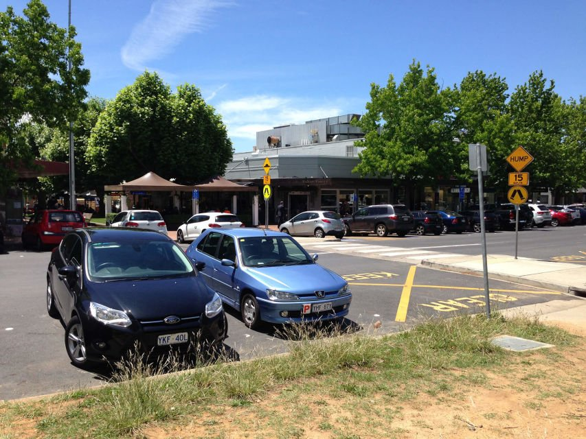 ACT Government looks to the future of parking in Manuka, Canberra